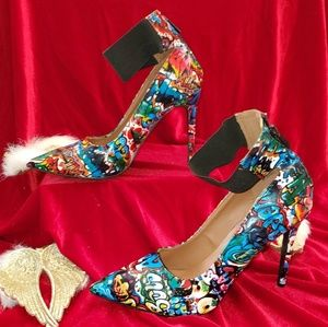 Shoes - ❤💥 Graffiti Heels 💥❤